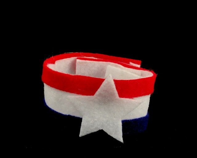 Red, white and blue felt bracelet with star